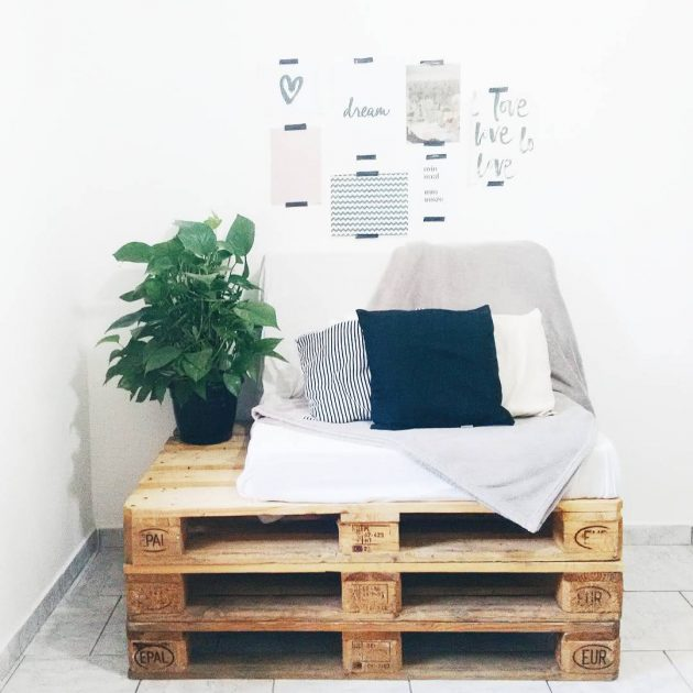 6 Incredible Wooden Pallet Sofa Models