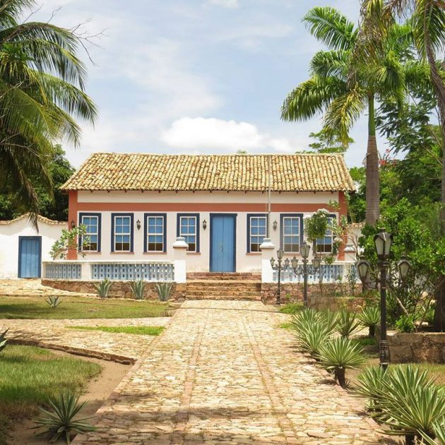 10 Project Ideas of Colonial Houses to Inspire You