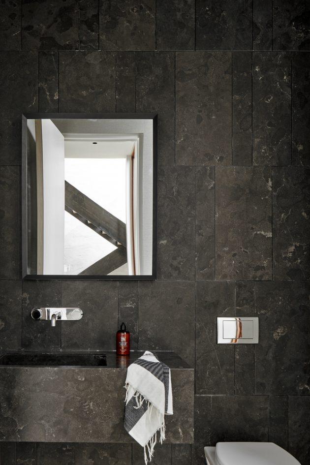 Skybox House by Dick Clark + Associates in Austin, Texas