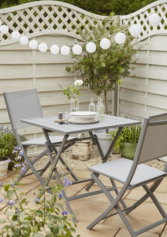 A Garden Furniture for the Balcony