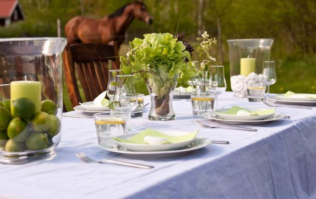 Decor Ideas for a Summer Table