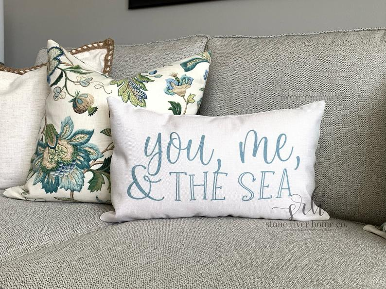 15 Joyful Summer Pillow Designs You Can Use To Deck Out Your Patio