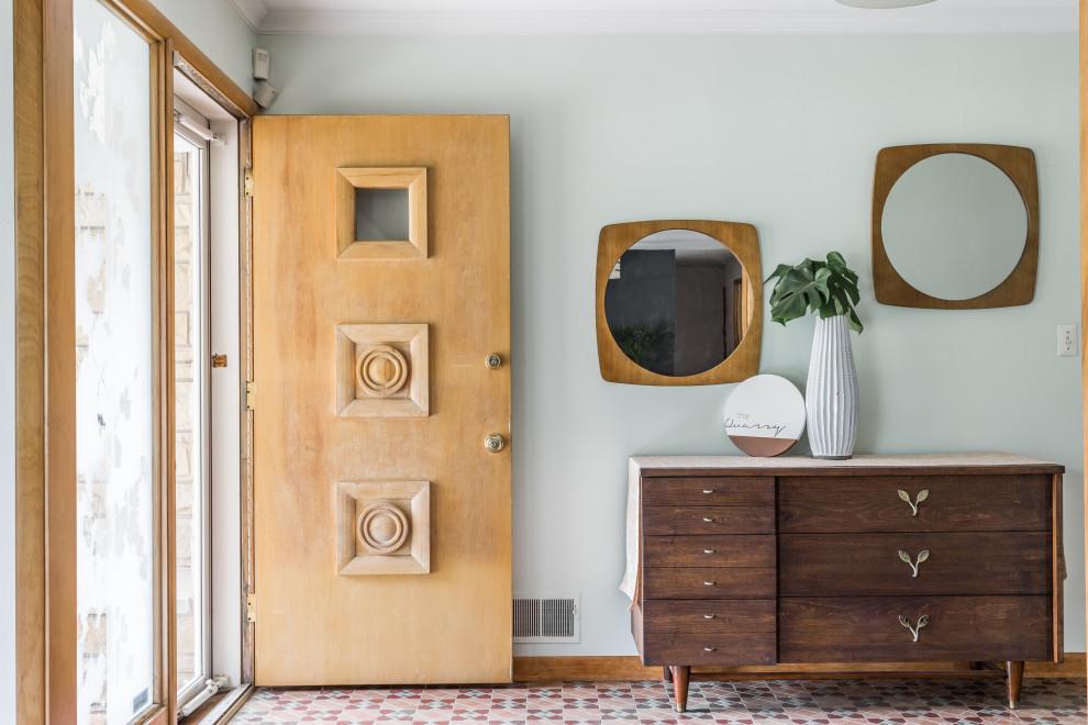 16 Warm & Welcoming Mid Century Modern Entryway Designs