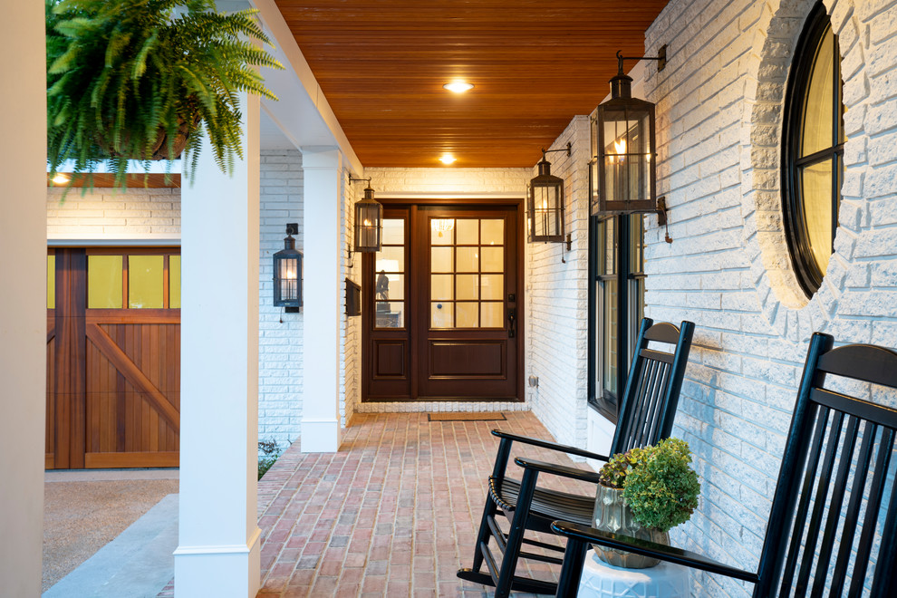 16 Wonderful Mid-Century Modern Entrance Designs