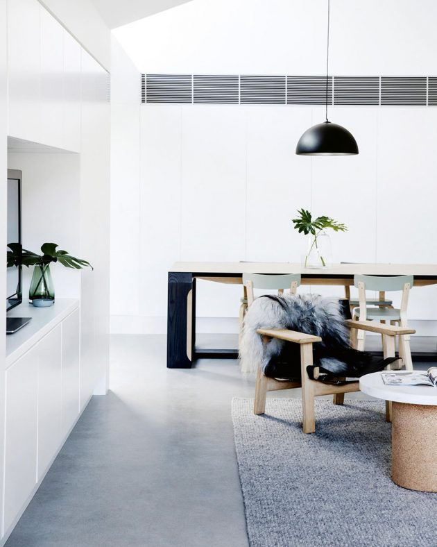 Contemporary Decor With Hints of Mint Green