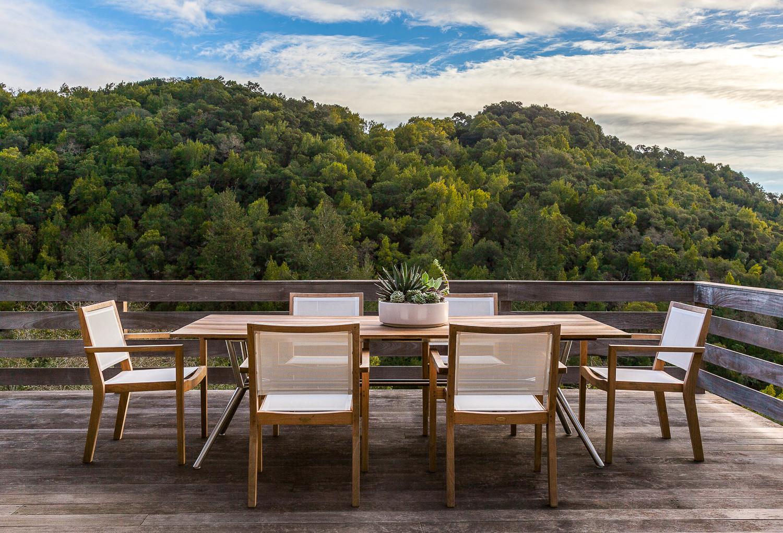 20 Spectacular Mid Century Modern Deck Designs That Will Make You Love Summer