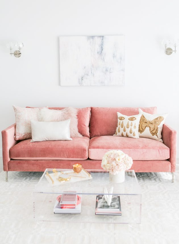 The Wonderful Pink Velvet Sofa for Your Home