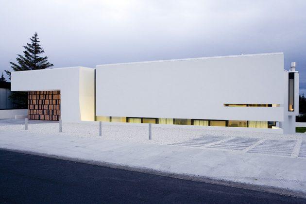 B25 House by PK Arkitektar in Reykjavik, Iceland