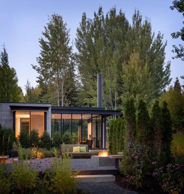Stirrup House by Olson Kundig in Ketchum, Idaho