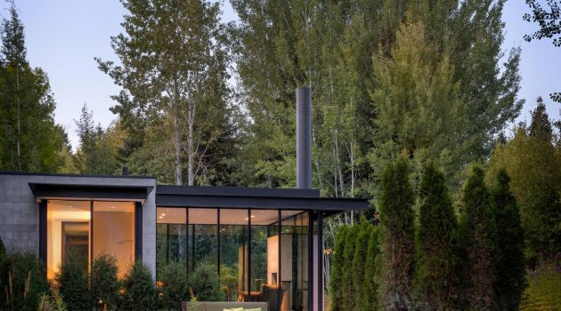 Stirrup House by Olson Kundig in Ketchum, Idaho