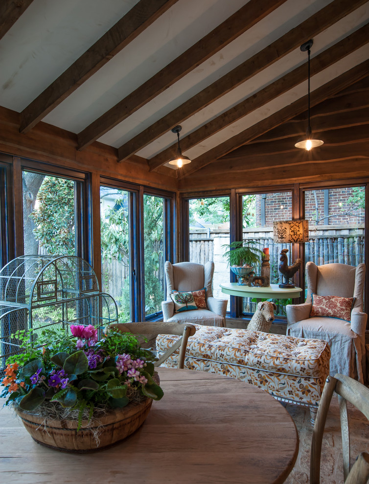 15 Fantastic Shabby-Chic Sunroom For Any Time Of The Year
