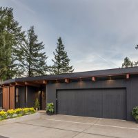15 Impressive Mid-Century Modern Garage Designs For Your New Home