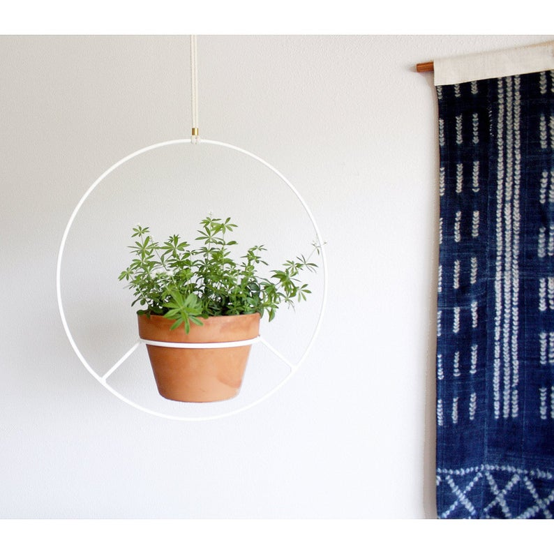 16 Eye-Catching Hanging Planter Designs For Indoor and Outdoor Use