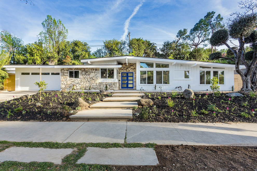 18 Remarkable Mid Century Modern Exterior Designs You Wont Stop Looking At