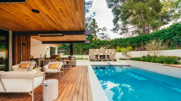 20 Sensational Mid-Century Modern Swimming Pool Designs You Will Obsess Over