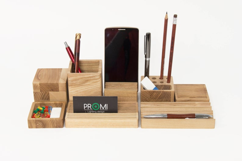 20 Simple But Practical Desk Organizer Designs For Your Office & Home