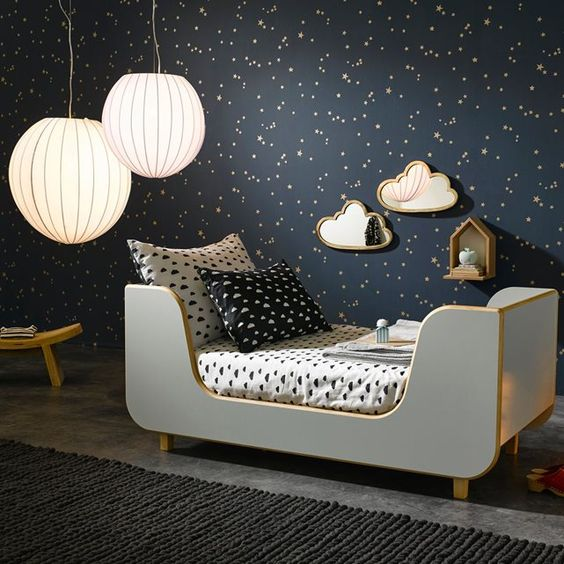 Awakening & Sleeping - Finding the Right Balance in the Decor in the Child's Room