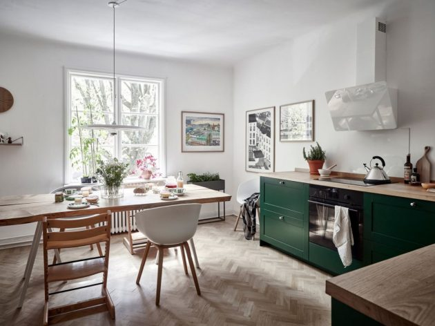 Modern Green & White Kitchen