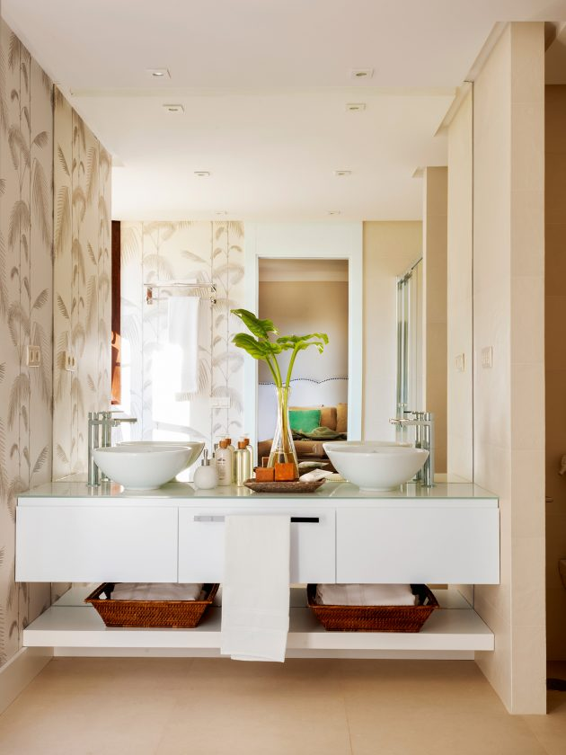 10 Practical and Modern Bathrooms You'll Love in an Instance (Part I)