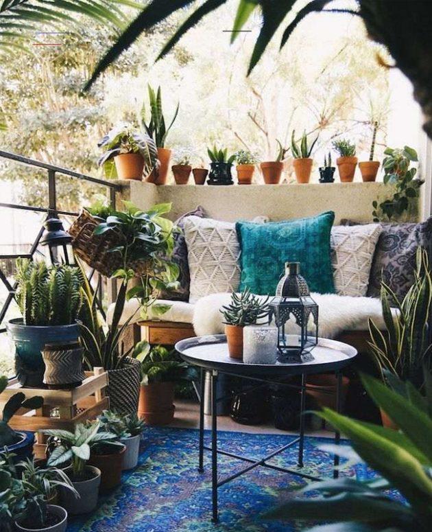 A Bohemian Decor on Your Balcony