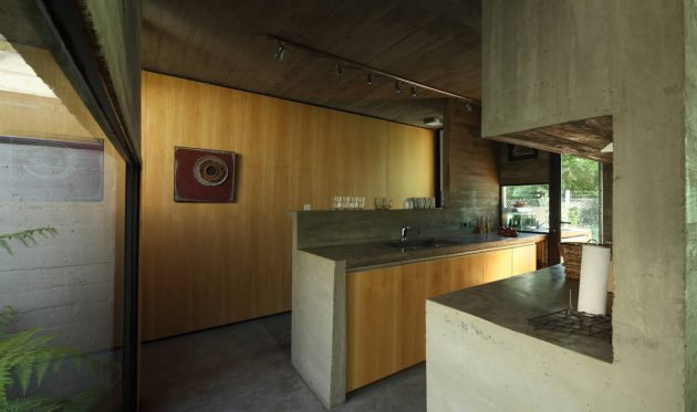 BA House by BAK Arquitectos in Udaondo, Argentina