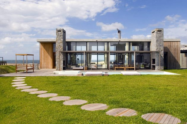 La Boyita by Martin Gomez Arquitectos in Punta del Este, Uruguay