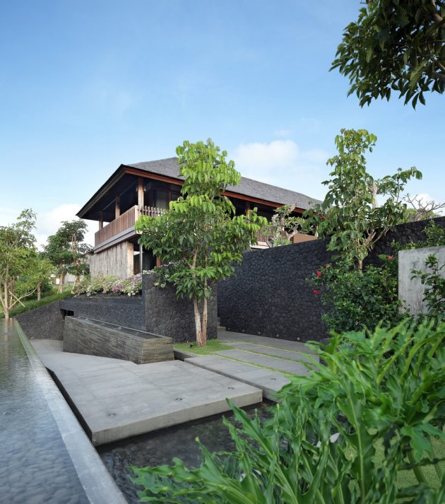 Villa Pecatu by Wahana Architects in Pecatu, Indonesia