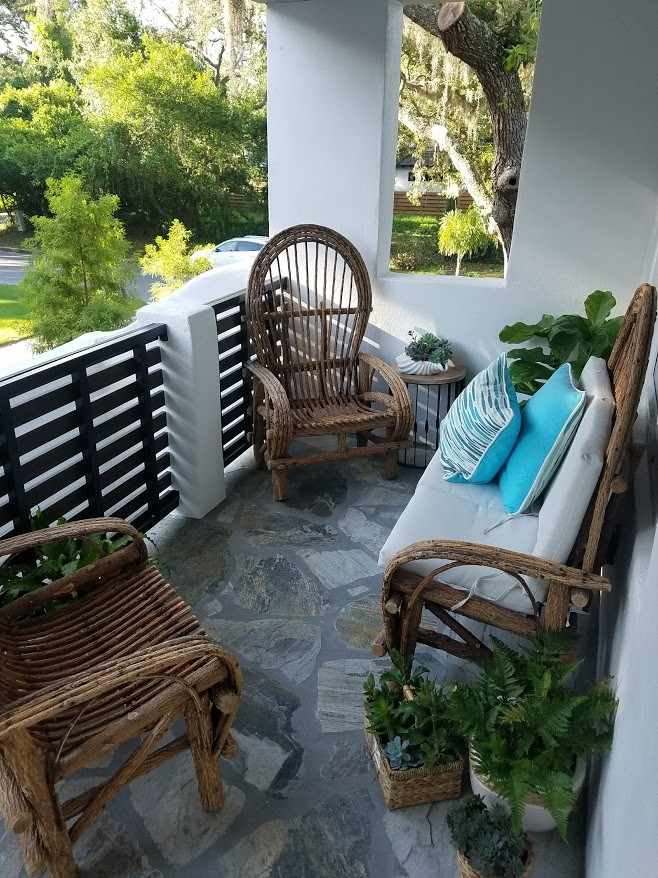 10 Wonderful Shabby Chic Balcony Designs You Will Adore