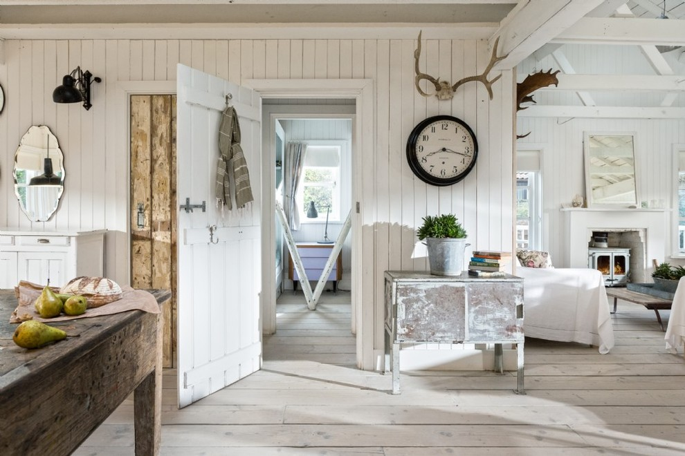 15 Lovely Shabby-Chic Hall Designs With A Pleasurable Look
