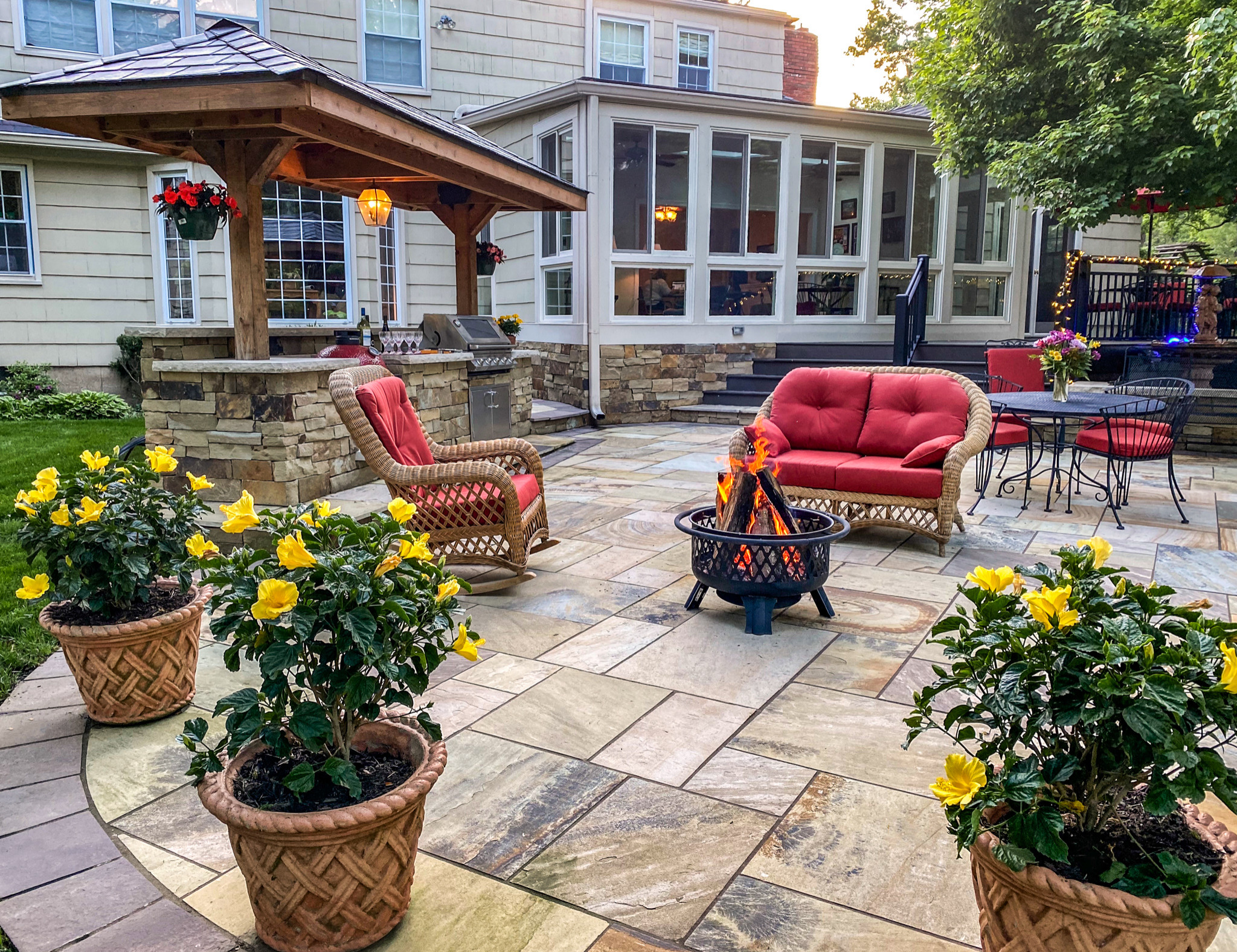 15 Superb Shabby Chic Patio Designs That Will Inspire You
