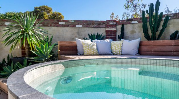 18 Spectacular Shabby-Chic Swimming Pool Designs You Will Love