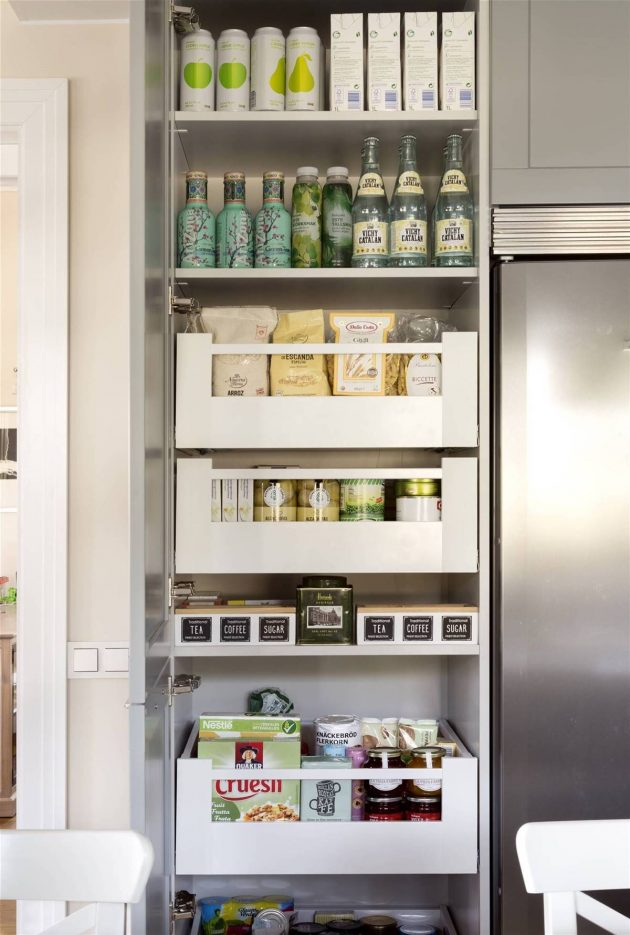 9 Solutions to Gain Space in the Closets at Home