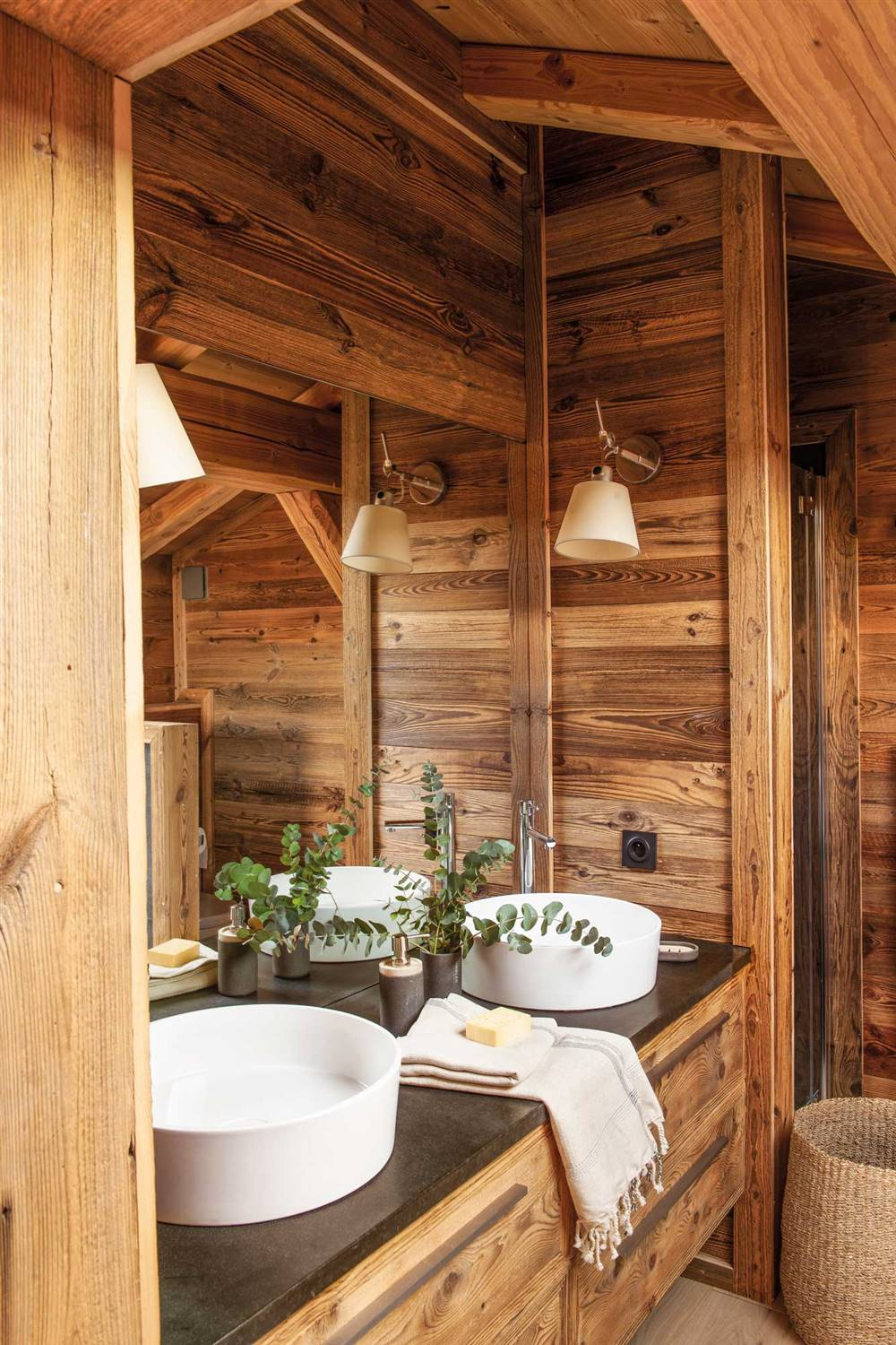 Wooden Furniture In The Bathroom Advantages Disadvantages