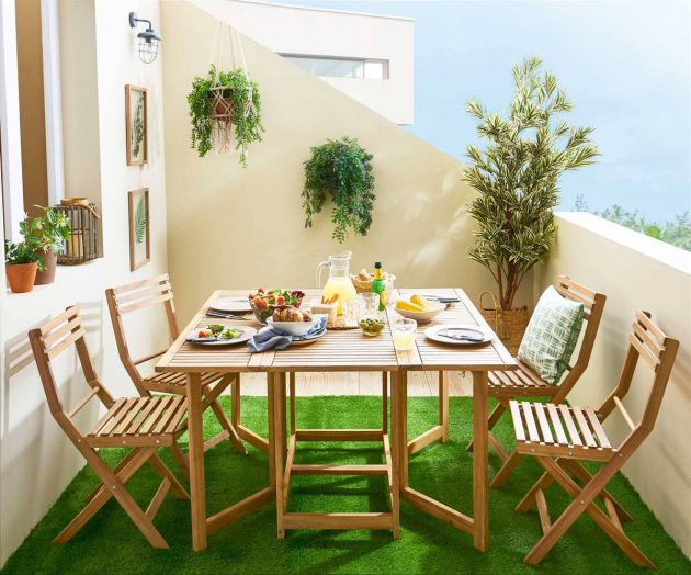9 Tiny Outdoor Dining Rooms You'll Love