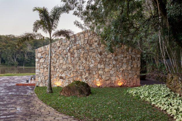 Lake House by Cadi Arquitetura in Imigrante, Brazil