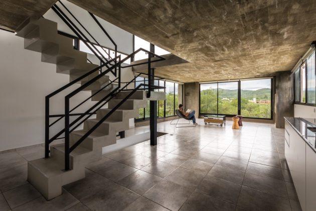 Nieto House by ARP Arquitectos in Falda del Carmen, Argentina