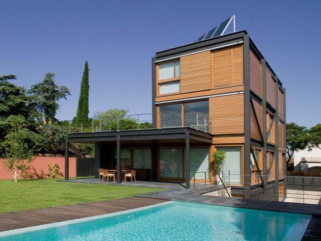 P House by Artigas Arquitectes in Barcelona, Spain