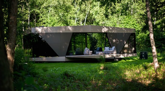 The SPACE by iOhouse – Fully Off-Grid Modern Living Space
