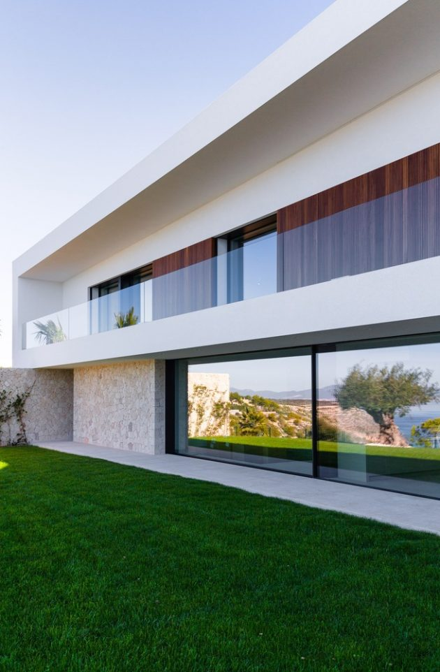 Voltor 16 by Signature Group in Puigderros, Spain