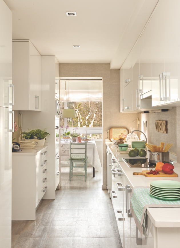 An Independent Kitchen Connected to the Dining Room in Detail