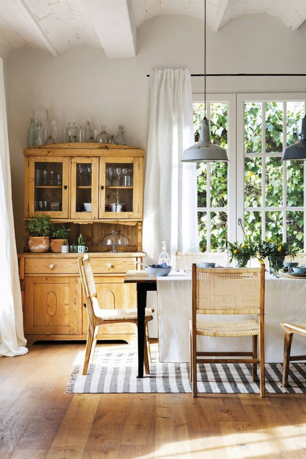 This is the Most Serene & Rustic House You Will See Today