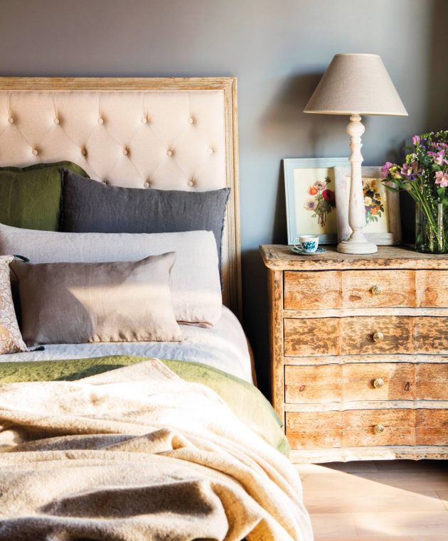 Vintage Nightstands You'll Love