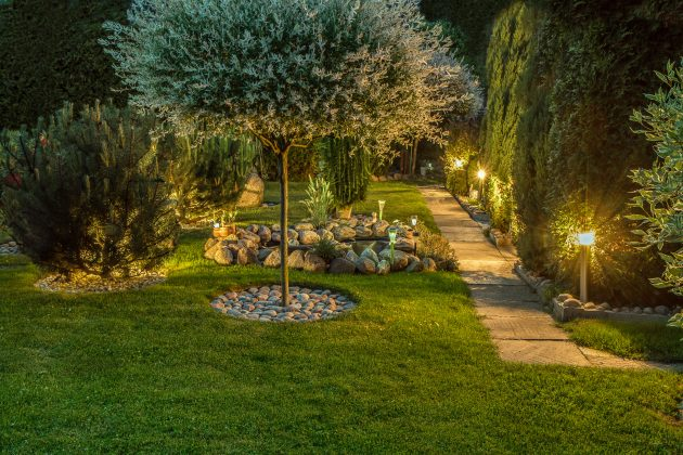 How to Incorporate Landscape Lighting to Your Outdoor Design