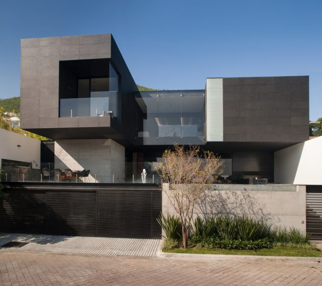 CH House by GLR Arquitectos in Monterrey, Mexico