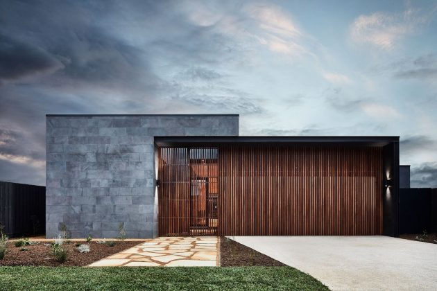 Courtyard House by Auhaus Architecture in Barwon Heads, Australia