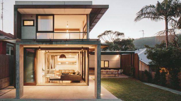 Escarpment House by Takt Studio in Thirroul, Australia