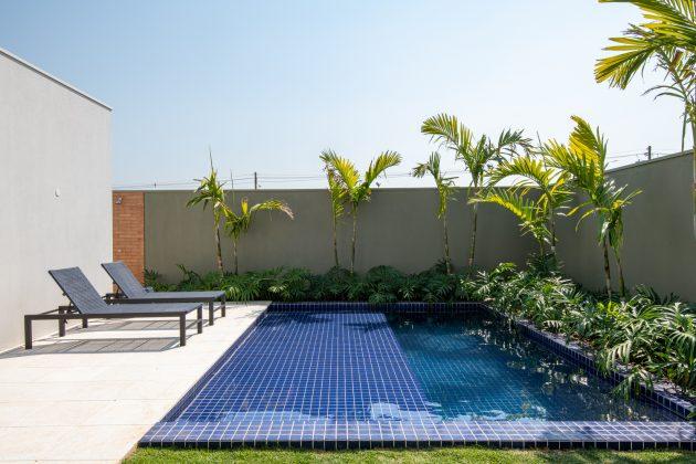 Flying House by Raquel Pelosi Arquitetura e Design Visual in Brazil
