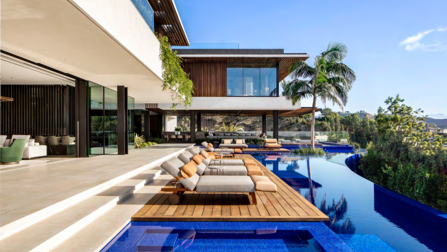 Hillside Oasis by SAOTA in Los Angeles, California