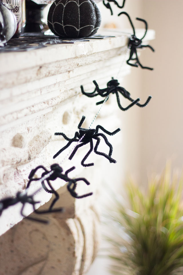 16 Festive DIY Halloween Decor Ideas That Will Add A Spooky Touch