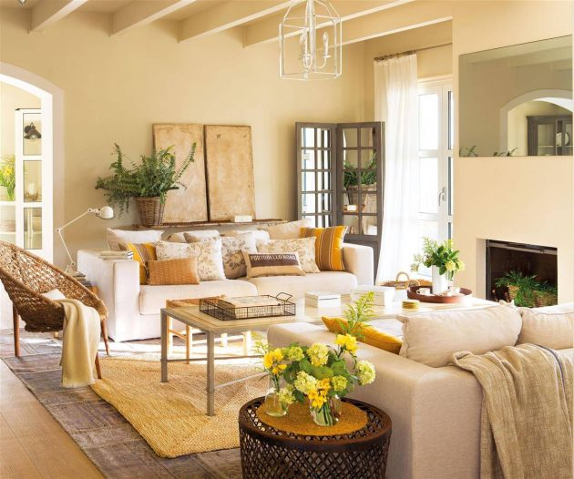 Classic Lamps & Contemporary Decor in the Living Rooms